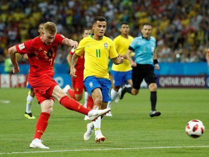 De Bruyne chuta para o segundo gol.