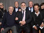 A partir da esquerda, Diane Keaton, Robert De Niro, Robert Duvall, Francis Ford Coppola, James Caan, Ao Pacino e Talia Shire reunidos no Festival Tribeca.