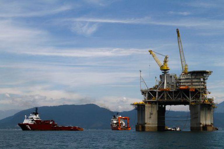 Plataforma de explotación de petróleo en la costa brasileña.
