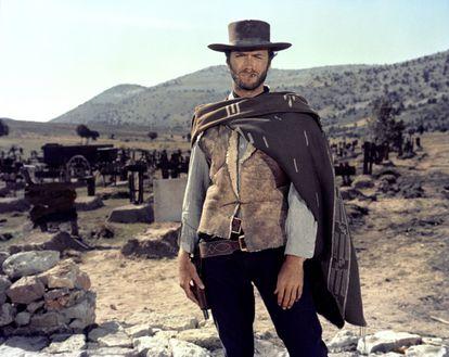"""Clint Eastwood em """"Três homens em conflito"""", 1966."""