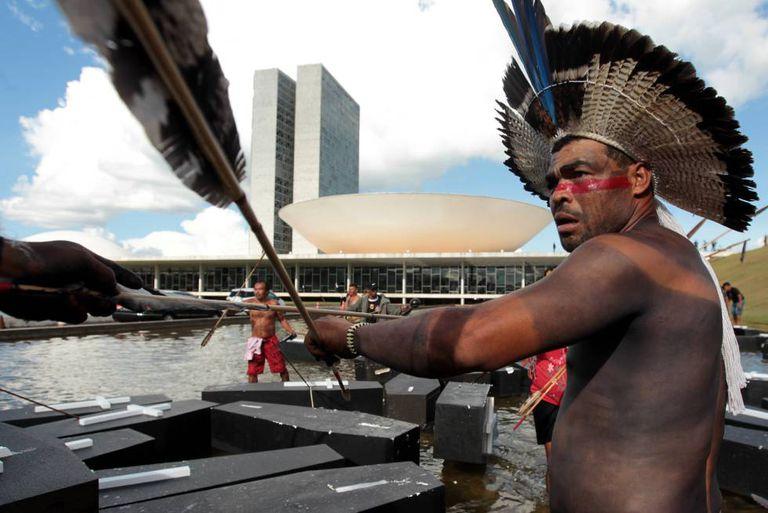 Movimentos indígenas protestam em Brasília, na última semana.