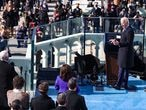 Washington (United States), 20/01/2021.- U.S. President Joe Biden delivers his inaugural address during his inauguration in Washington, DC, USA, 20 January 2021. Biden won the 03 November 2020 election to become the 46th President of the United States of America. (Estados Unidos) EFE/EPA/TASOS KATOPODIS / POOL