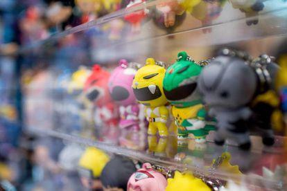 Os lucros com a venda de brinquedos e 'merchandising' dos Power Rangers são estimados, atualmente, em 6 bilhões de dólares.