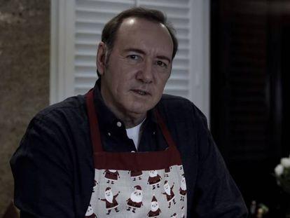 Kevin Spacey, no vídeo publicado por ele mesmo e intitulado 'Deixe-me ser Frank', em referência a seu personagem de 'House of Cards'