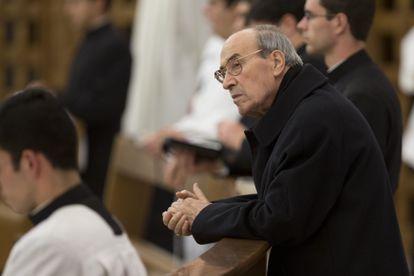 Velasio De Paolis em janeiro de 2014, durante uma missa em Roma.