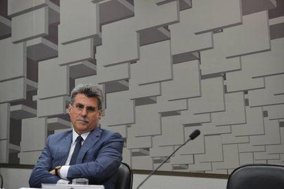 Romero Jucá em comissão do Senado.
