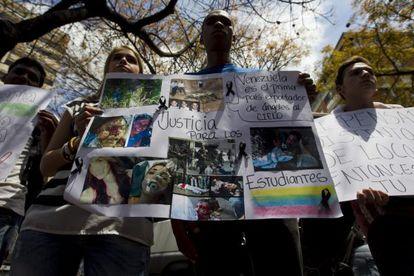 Manifestaciones em Caracas pela morte do jovem de 14 anos.