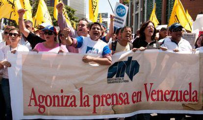 Protesto de jornalistas em Caracas em 11 de fevereiro.