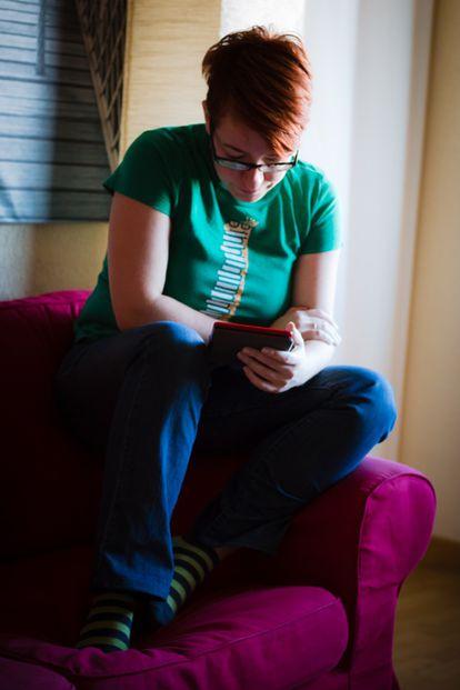 María Bairros lendo
