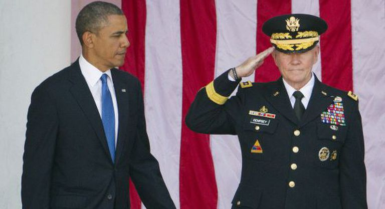 Barack Obama e o general Martin Dempsey.
