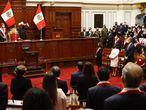 LIMA, 28/07/2021.- El rey Felipe VI (d) junto al resto de dignatarios, durante el acto de investidura del nuevo gobernante peruano, el izquierdista Pedro Castillo (2i), este miércoles en Lima (Perú). EFE/ Casa S.M. El Rey/Francisco Gmez /SOLO USO EDITORIAL/SOLO DISPONIBLE PARA ILUSTRAR LA NOTICIA QUE ACOMPAÑA (CRÉDITO OBLIGATORIO)