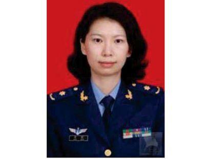 Juan Lang em uniforme militar, em imagem distribuída pelo Departamento de Justiça.