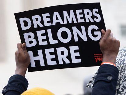 Manifestação a favor dos 'dreamers' diante do Tribunal Supremo em 2019.