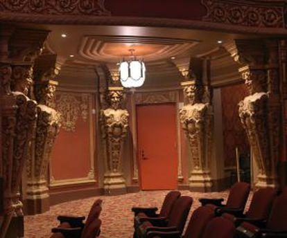 Interior do Kings Theatre, em Brooklyn.