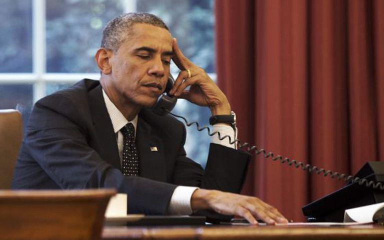 Obama informa ao rei da Jordânia sobre a situação no Iraque.
