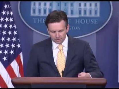 Casa Branca insiste em restringir as armas após mortes de jornalistas