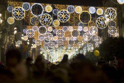 Iluminação de Natal no centro de Sevilha.