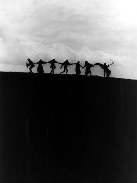 Fotograma de 'O Sétimo Selo' (1957), de Ingmar Bergman.