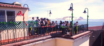 Terraço da Cantina das Freiras, um antigo refeitório de freiras em Lisboa.