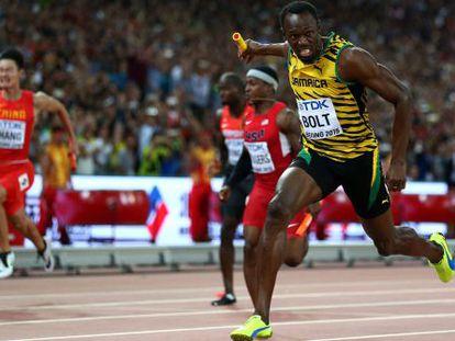 Bolt, durante a prova de 4x100, no Mundial de Pequim.