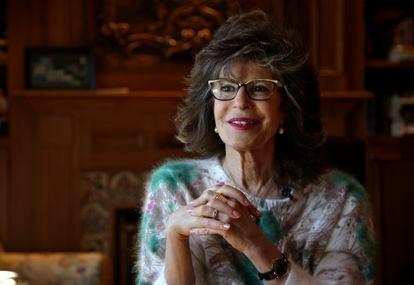 Shoshana Zuboff, em foto de arquivo de 2019 em sua casa, no Maine (EUA).
