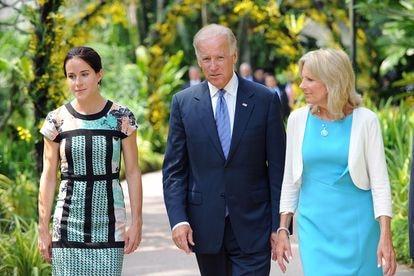 Jill e Joe Biden com sua filha Ashley.