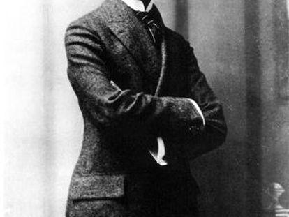 O escritor checo Franz Kafka, aos 23 anos.
