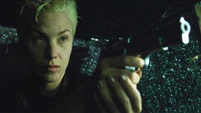 O personagem Switch em 'Matrix' só aparece na primeira parte da saga.