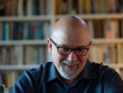 O antropólogo Luiz Eduardo Soares durante a entrevista.
