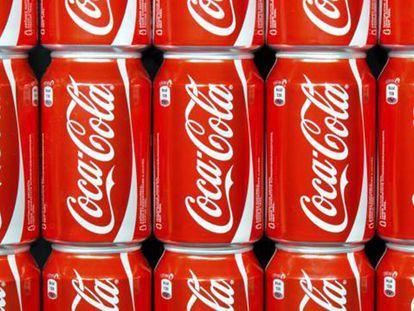 A Coca-Cola dedica mais de seis milhões de dólares por ano a atividades de 'lobby', segundo o estudo.
