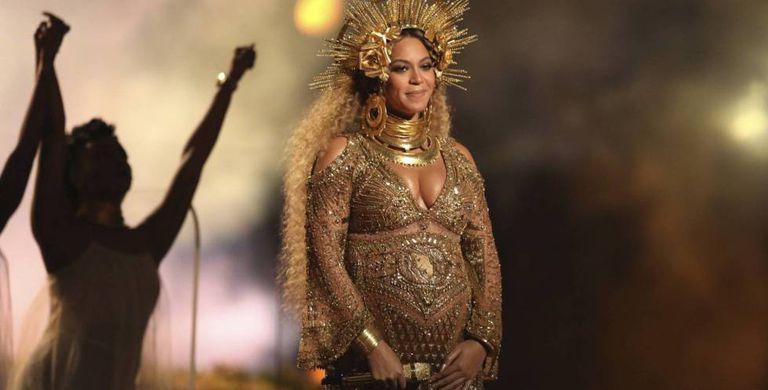 Beyoncé, na premiação do Grammy de 2017.
