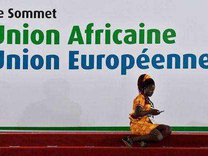 Participante na cúpula euro-africana nesta quarta-feira em Abidjã.