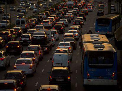 Trânsito em São Paulo no último dia 10.