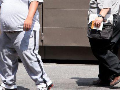 Homens com sobrepeso na Cidade do México.