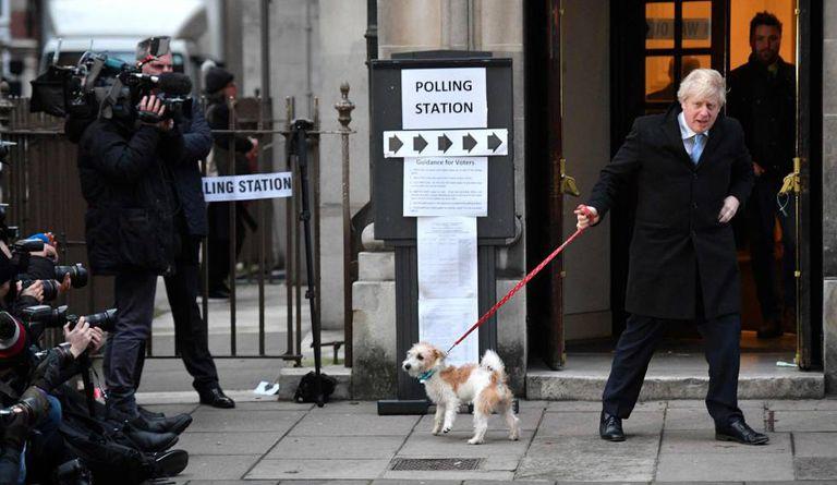 Boris Johnson, depois de votar em Londres, nesta quinta-feira.