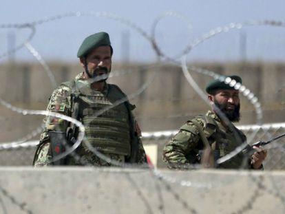Comunicado do Pentágono e testemunho de um soldado afegão. / Foto: AP   Vídeo: Reuters