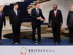 Putin, Xi, Bolsonaro, Ramaphosa e Modi, durante a cúpula dos BRICS, em Brasília.