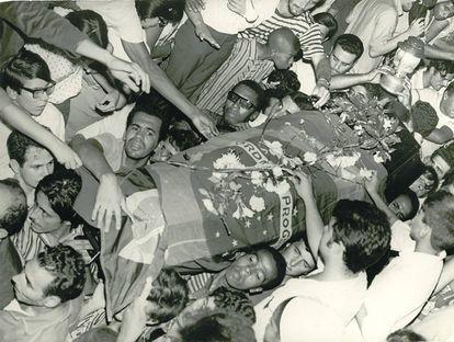 Enterro do estudante Edson Luís
