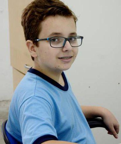 Aos 12 anos, Leonardo começou a desenvolver jogos de computador