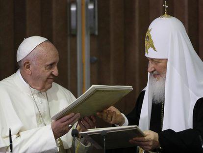 Papa e o líder da igreja ortodoxa russa iniciam em Cuba a reconciliação
