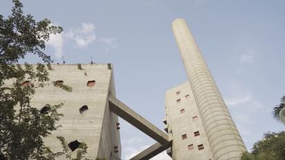 Sesc Pompeia, uma fábrica transformada em arte por Lina Bo Bardi