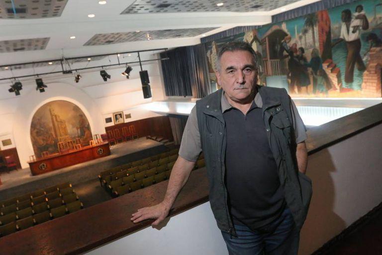 Juan Carlos Schmid, secretário-geral da CGT, na sede do sindicato em Buenos Aires.