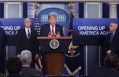 O presidente Donald Trump, durante anúncio de plano de reabertura dos EUA, nesta quinta-feira.