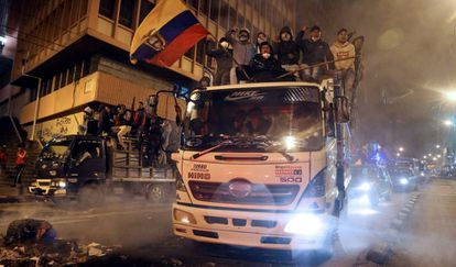 Protesto pelo centro de Quito, nesta segunda-feira.