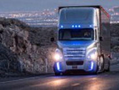 Estado de Nevada concede a primeira licença à empresa Daimler para operar um veículo de 18 rodas chamado Inspiration
