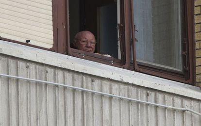 Jakob Denzinger, um dos que continuam recebendo a pensão, em julho em sua casa na Croácia.