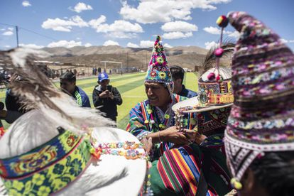 Evo Morales chega a Uncía numa visita de campanha.
