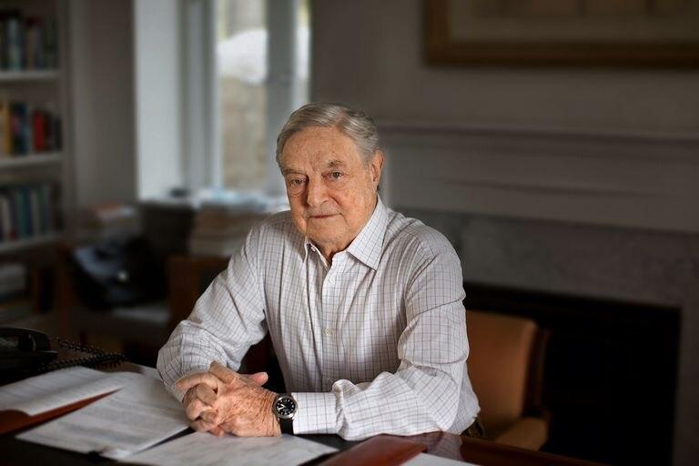 George Soros, durante a entrevista em sua residência de Southampton (Estado de Nova York).