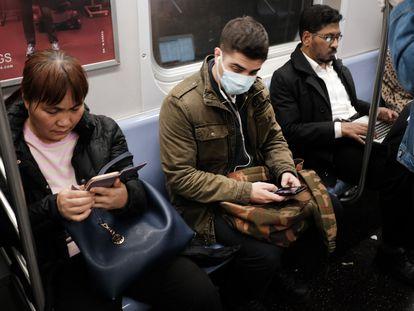 Metrô de Nova York, nesta quarta-feira.