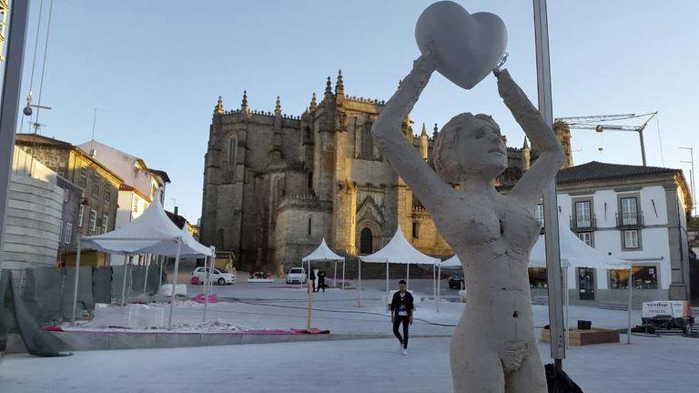 Escultura do artista português Pedro Figueiredo.